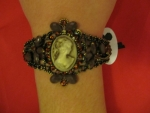 Cameo brown bracelet